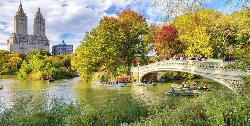 Bow Bridge a Central Park di New York