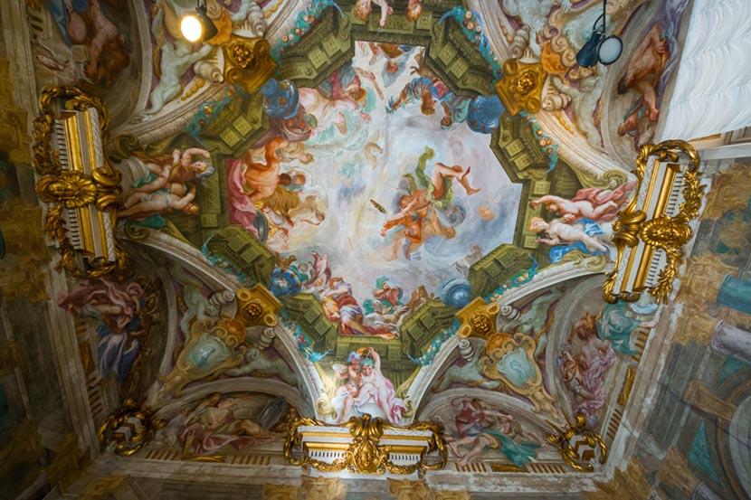 Affresco a Palazzo Reale a Genova