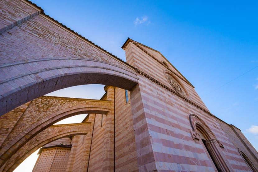 Basilica di Santa Chiara ad Assisi