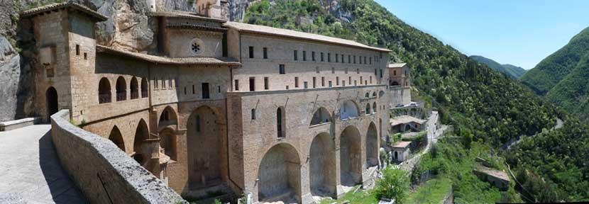 Viaggio Organizzato di Gruppo al monastero di Subiaco