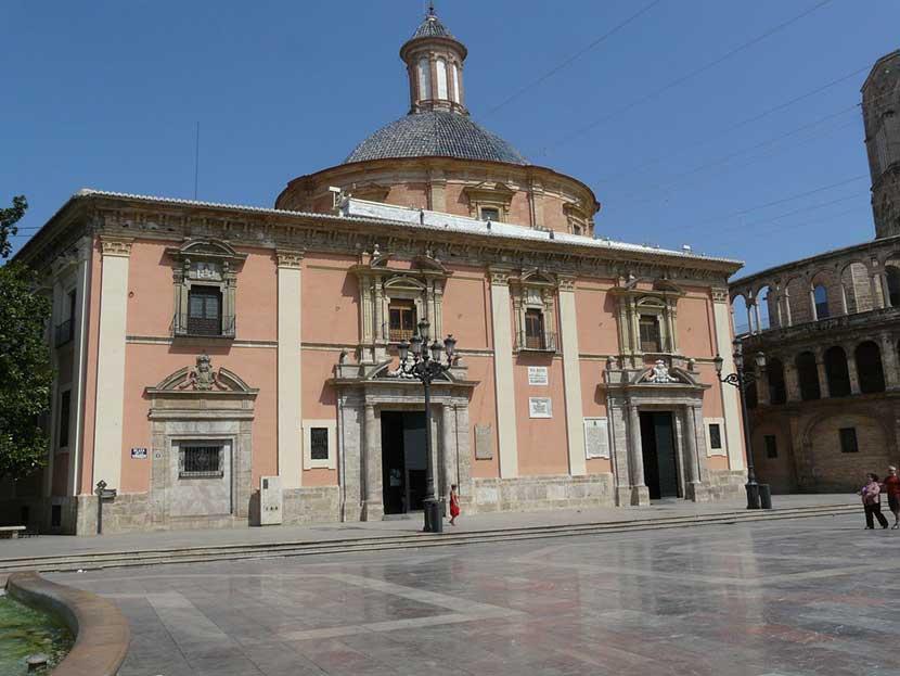 Basilica della Virgen a Valencia