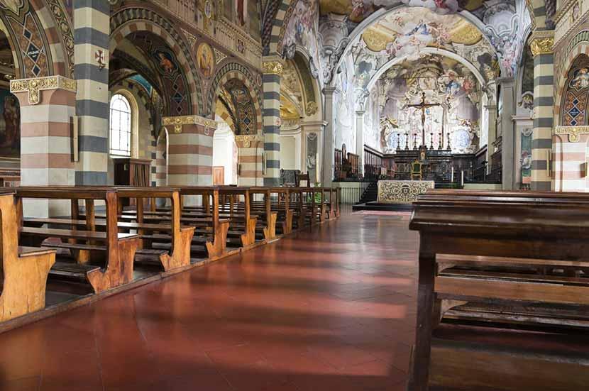 I bellissimi interni della Cattedrale di Santa Maria Assunta a Bobbio